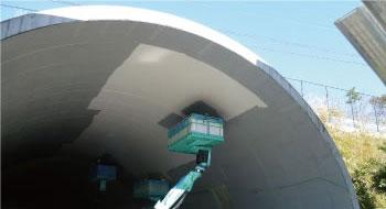 トンネルの連続繊維シート工