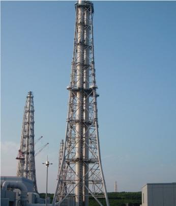 東京電力柏崎刈腹羽原子力発電所(新潟県)排気塔