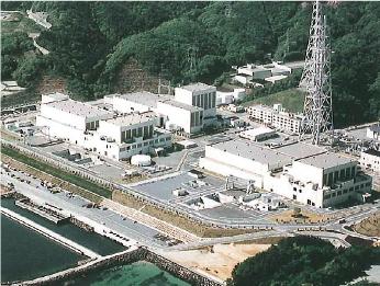 東北電力女川原子力発電所(宮城県)排気塔
